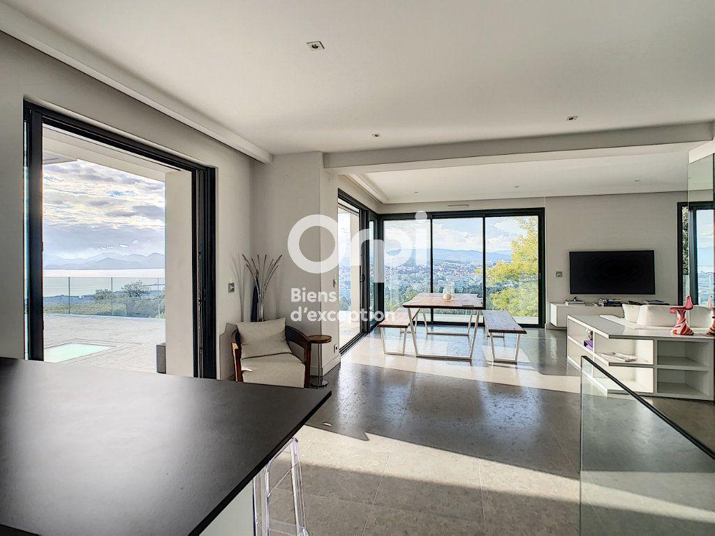 Maison à vendre 6 270m2 à Cannes vignette-4