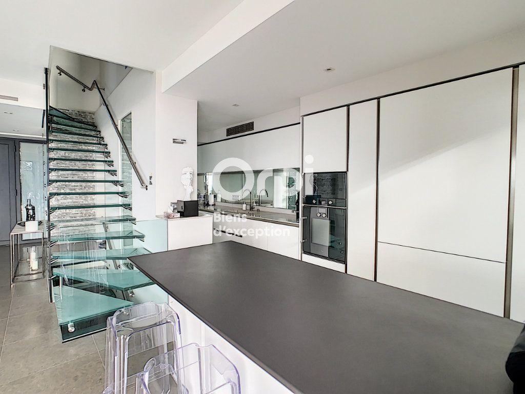 Maison à vendre 6 270m2 à Cannes vignette-5