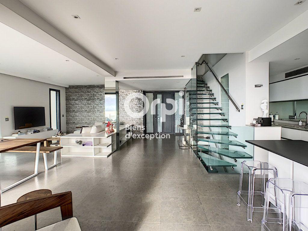 Maison à vendre 6 270m2 à Cannes vignette-14
