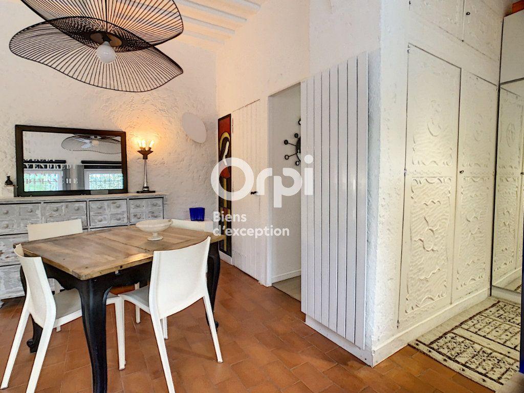 Appartement à vendre 3 57m2 à Antibes vignette-3