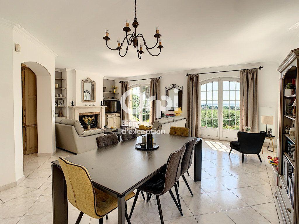 Maison à vendre 5 200m2 à Antibes vignette-3