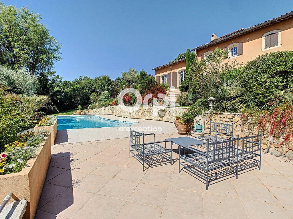 Maison à vendre 5 200m2 à Antibes vignette-4
