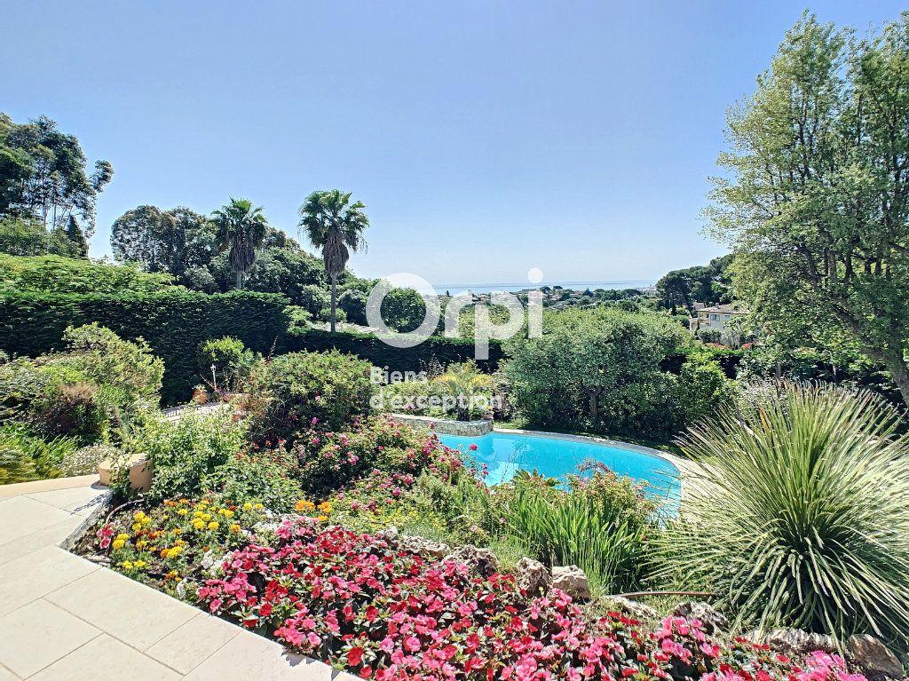 Maison à vendre 5 200m2 à Antibes vignette-5