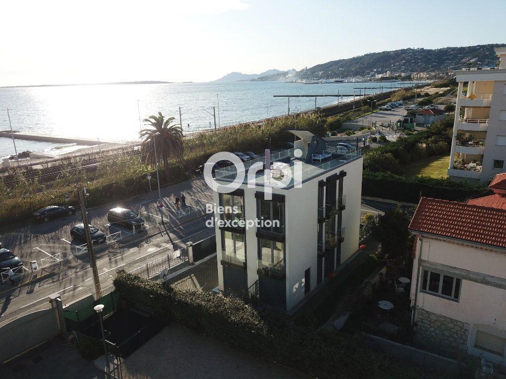 Maison à vendre 6 120m2 à Antibes vignette-10