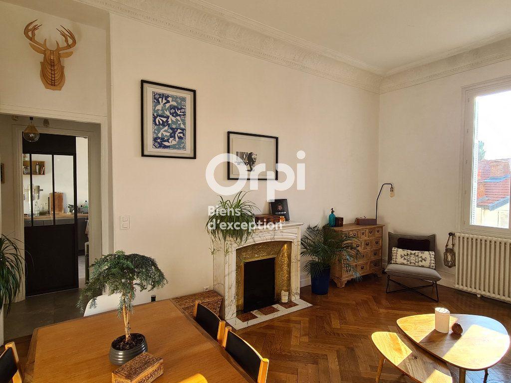 Appartement à vendre 2 56.17m2 à Nice vignette-3