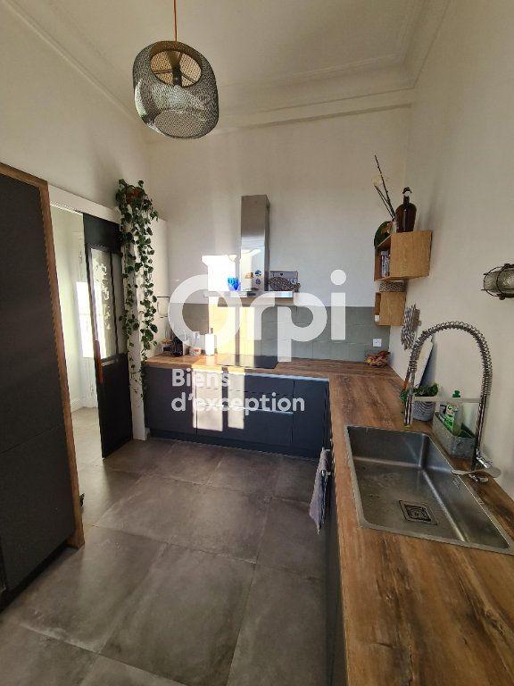 Appartement à vendre 2 56.17m2 à Nice vignette-5