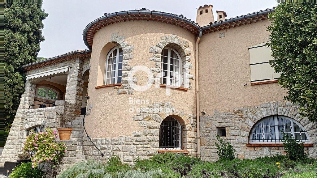 Maison à vendre 8 234m2 à Châteauneuf-Grasse vignette-2