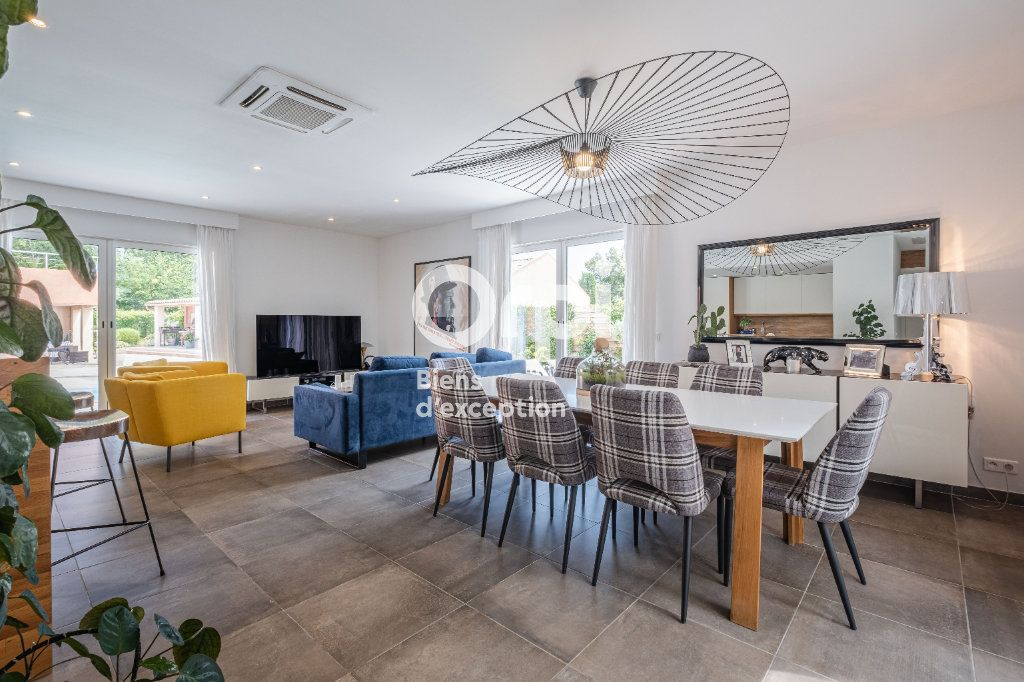 Maison à vendre 10 340m2 à Roquefort-les-Pins vignette-2