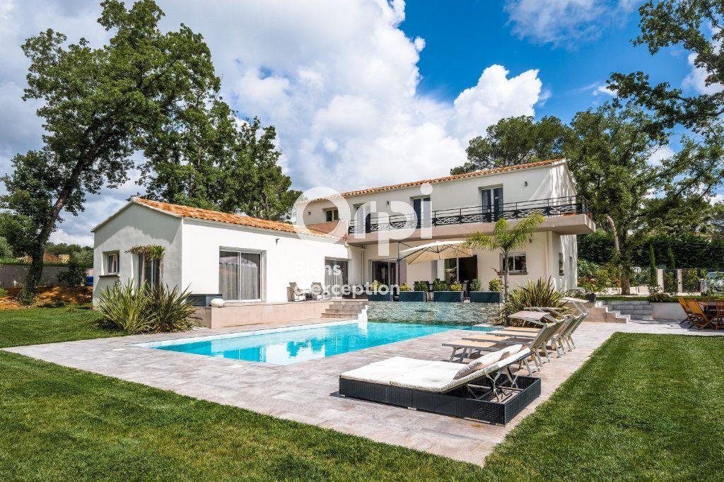 Maison à vendre 8 272.89m2 à Roquefort-les-Pins vignette-3