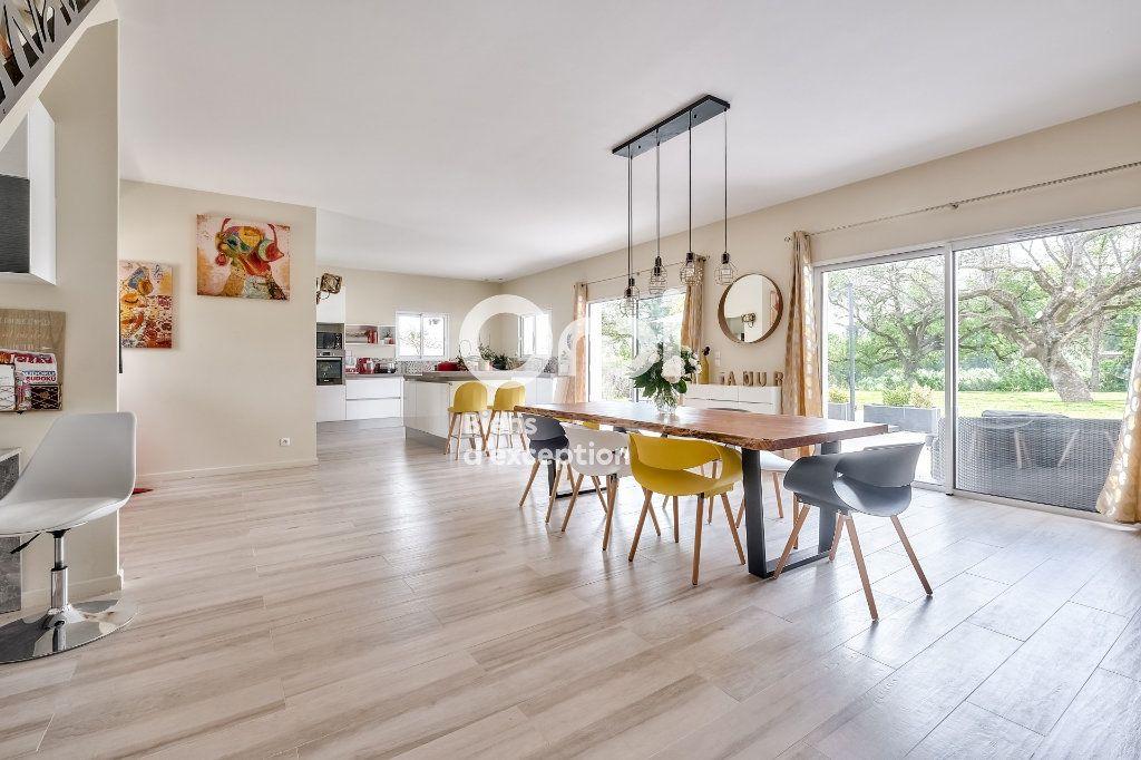 Maison à vendre 8 272.89m2 à Roquefort-les-Pins vignette-4
