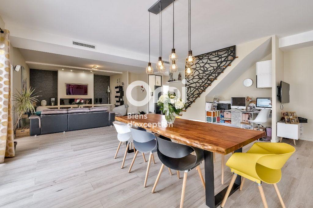 Maison à vendre 8 272.89m2 à Roquefort-les-Pins vignette-9