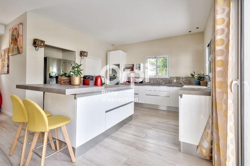 Maison à vendre 8 272.89m2 à Roquefort-les-Pins vignette-12