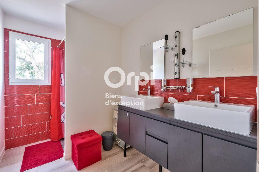 Maison à vendre 8 272.89m2 à Roquefort-les-Pins vignette-15