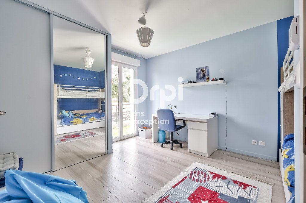 Maison à vendre 8 272.89m2 à Roquefort-les-Pins vignette-16