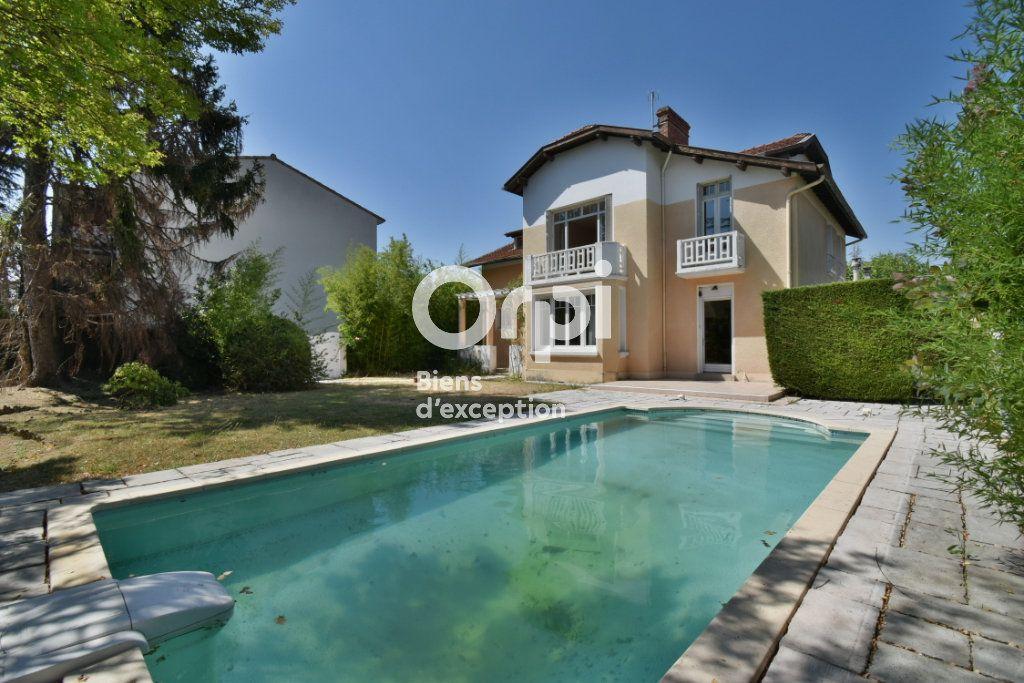 Maison à vendre 11 220m2 à Romans-sur-Isère vignette-8