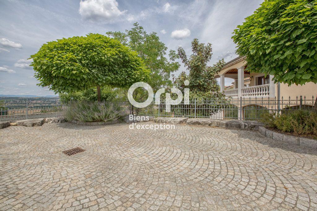 Maison à vendre 7 350m2 à Villeneuve-de-Berg vignette-3