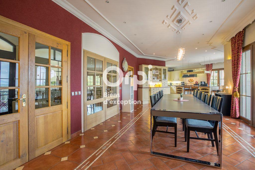 Maison à vendre 7 350m2 à Villeneuve-de-Berg vignette-8
