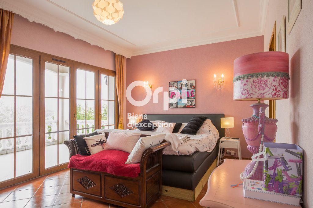 Maison à vendre 7 350m2 à Villeneuve-de-Berg vignette-14