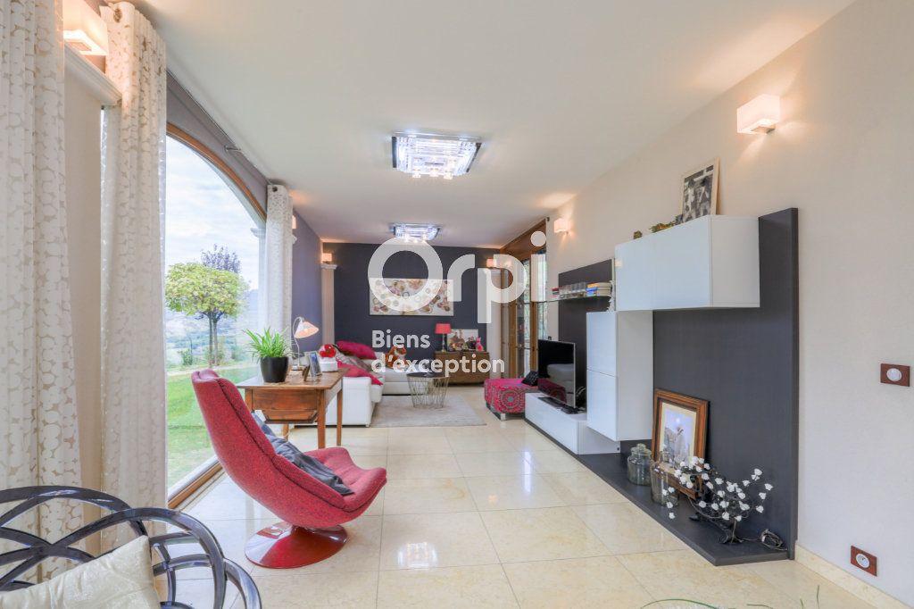 Maison à vendre 7 350m2 à Villeneuve-de-Berg vignette-18