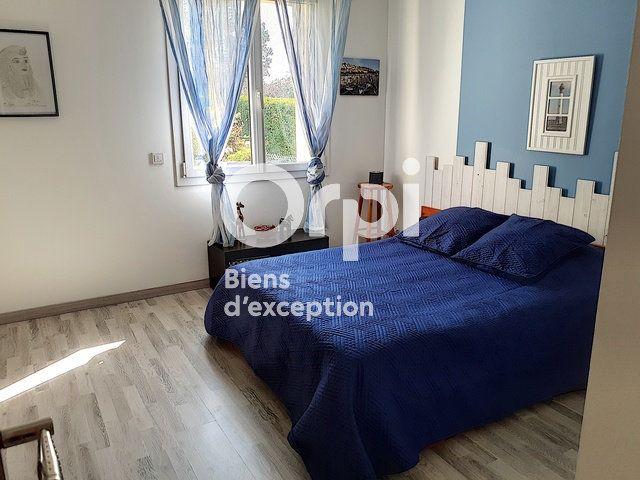 Maison à vendre 7 208m2 à Cabourg vignette-11