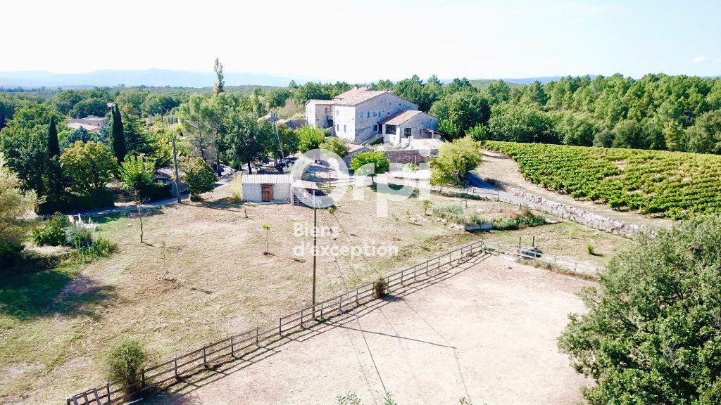 Maison à vendre 15 380m2 à Ruoms vignette-4