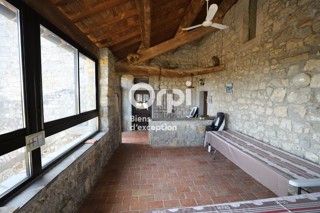 Maison à vendre 15 380m2 à Ruoms vignette-10