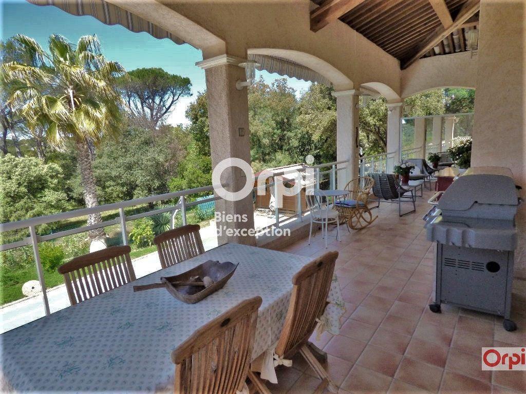 Maison à vendre 6 243m2 à Saint-Raphaël vignette-9