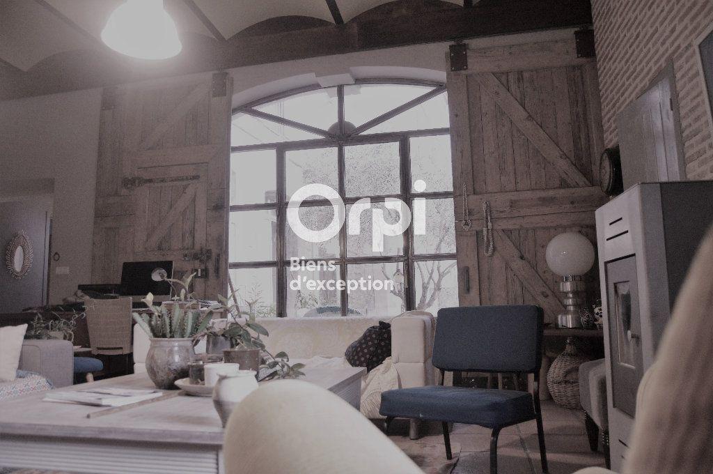 Maison à vendre 10 284m2 à Bourg-Saint-Andéol vignette-4