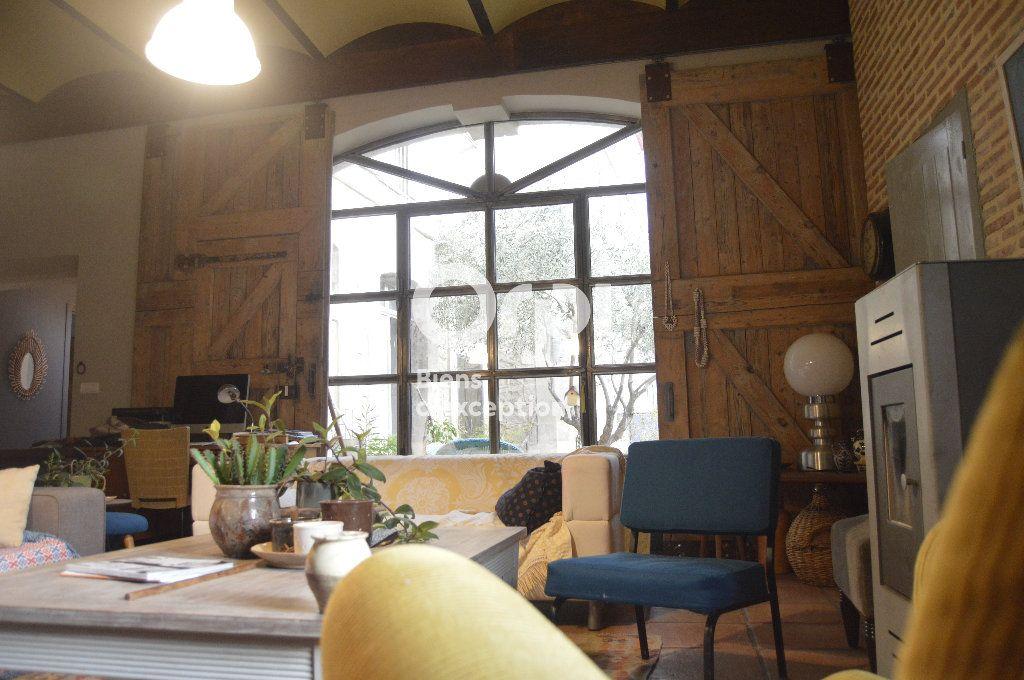 Maison à vendre 10 284m2 à Bourg-Saint-Andéol vignette-6