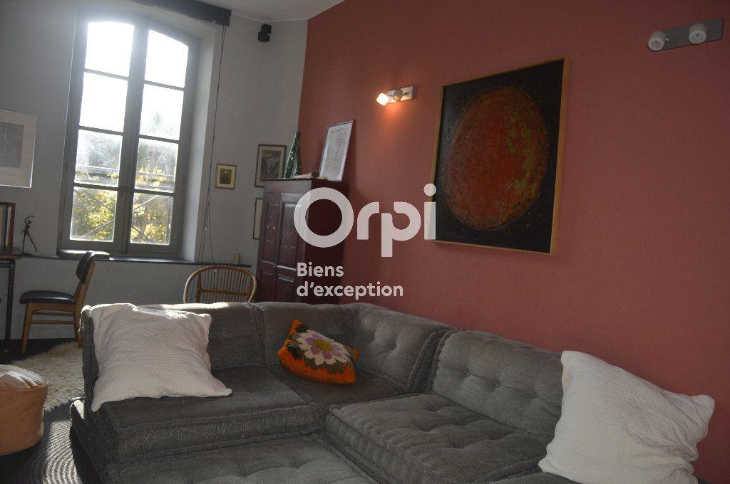Maison à vendre 10 284m2 à Bourg-Saint-Andéol vignette-11