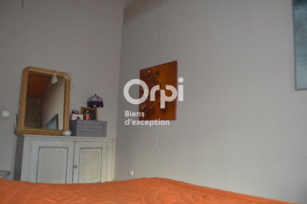 Maison à vendre 10 284m2 à Bourg-Saint-Andéol vignette-14