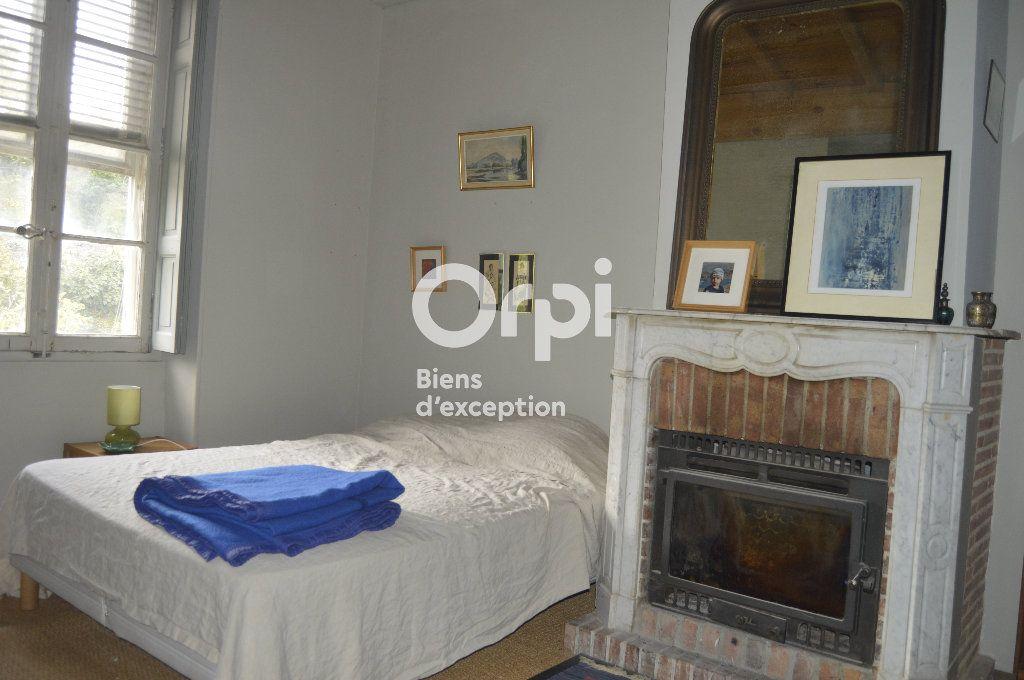 Maison à vendre 10 284m2 à Bourg-Saint-Andéol vignette-16