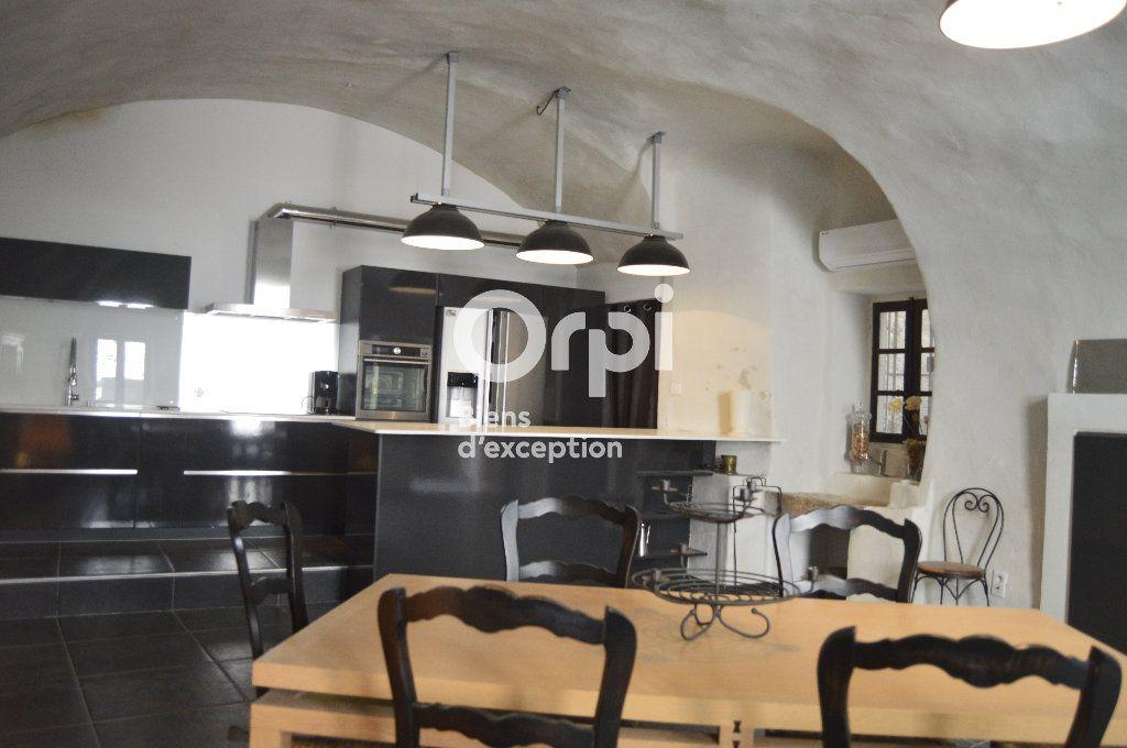 Maison à vendre 14 436m2 à Bourg-Saint-Andéol vignette-3