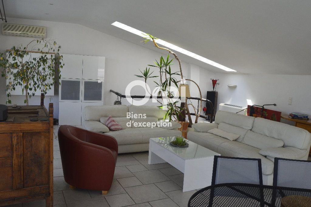 Maison à vendre 14 436m2 à Bourg-Saint-Andéol vignette-5