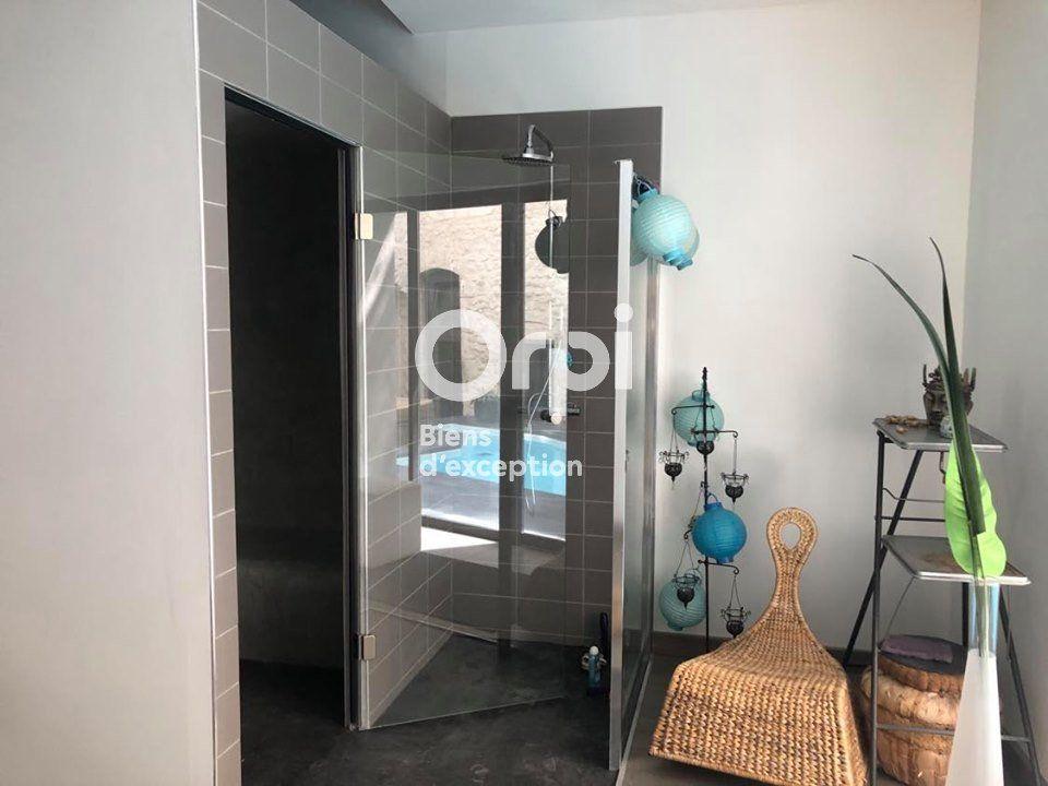 Maison à vendre 14 436m2 à Bourg-Saint-Andéol vignette-8