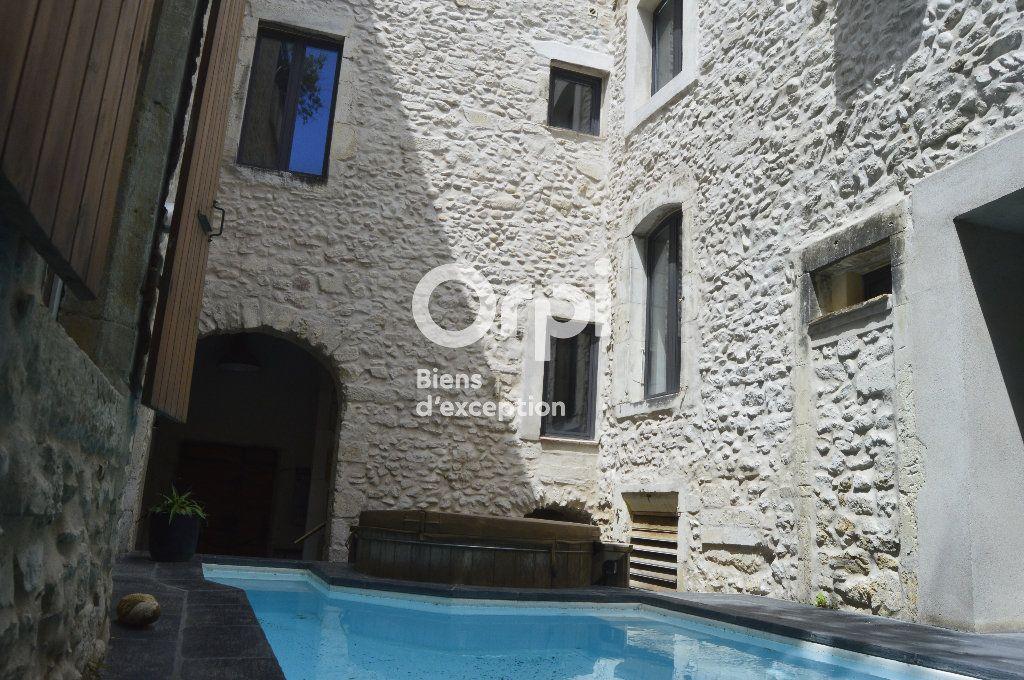 Maison à vendre 14 436m2 à Bourg-Saint-Andéol vignette-11