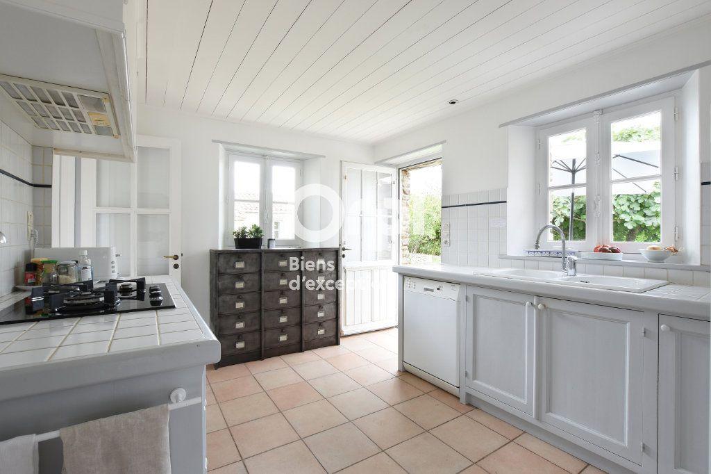 Maison à vendre 12 270m2 à Les Portes-en-Ré vignette-5
