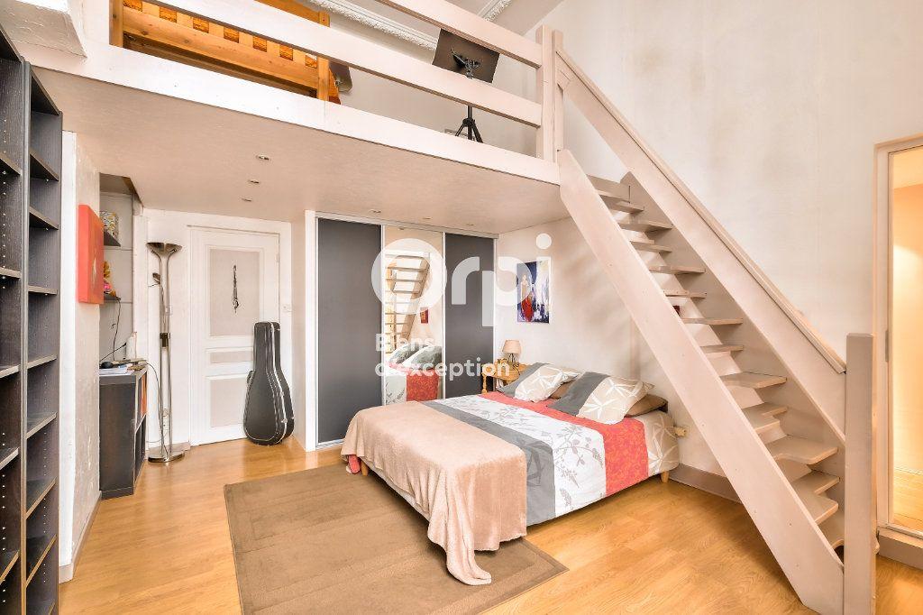 Appartement à vendre 5 170.06m2 à Lyon 1 vignette-7