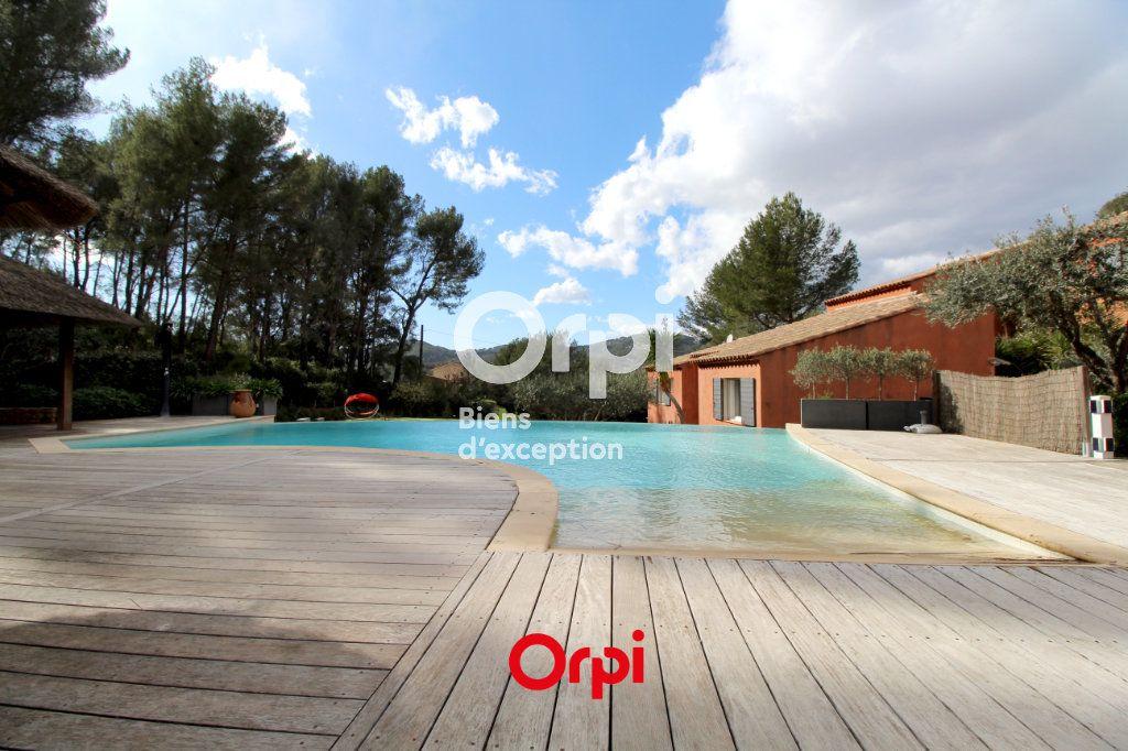 Maison à vendre 12 400m2 à Le Castellet vignette-3