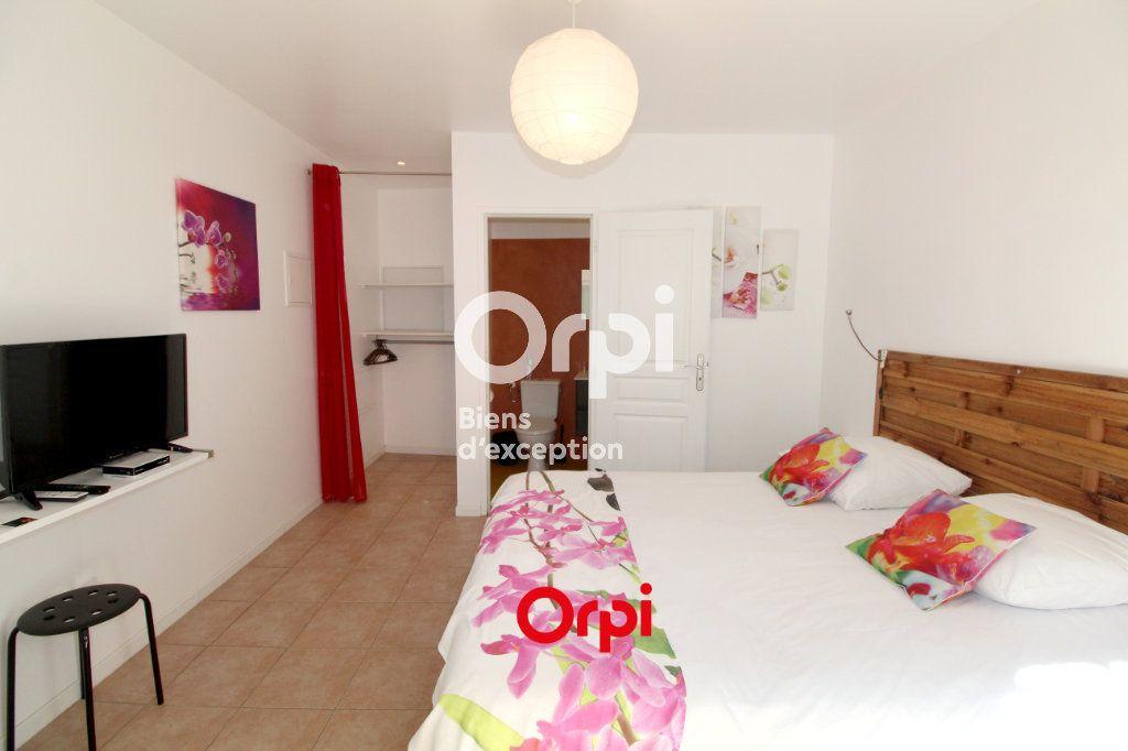Maison à vendre 12 400m2 à Le Castellet vignette-9