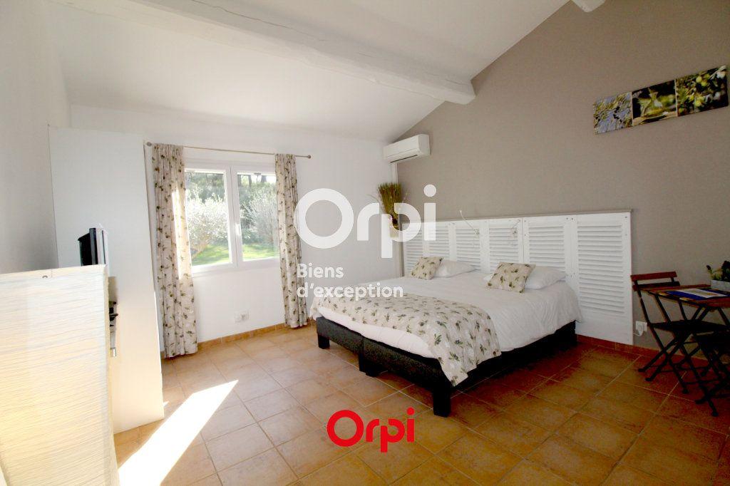 Maison à vendre 12 400m2 à Le Castellet vignette-10