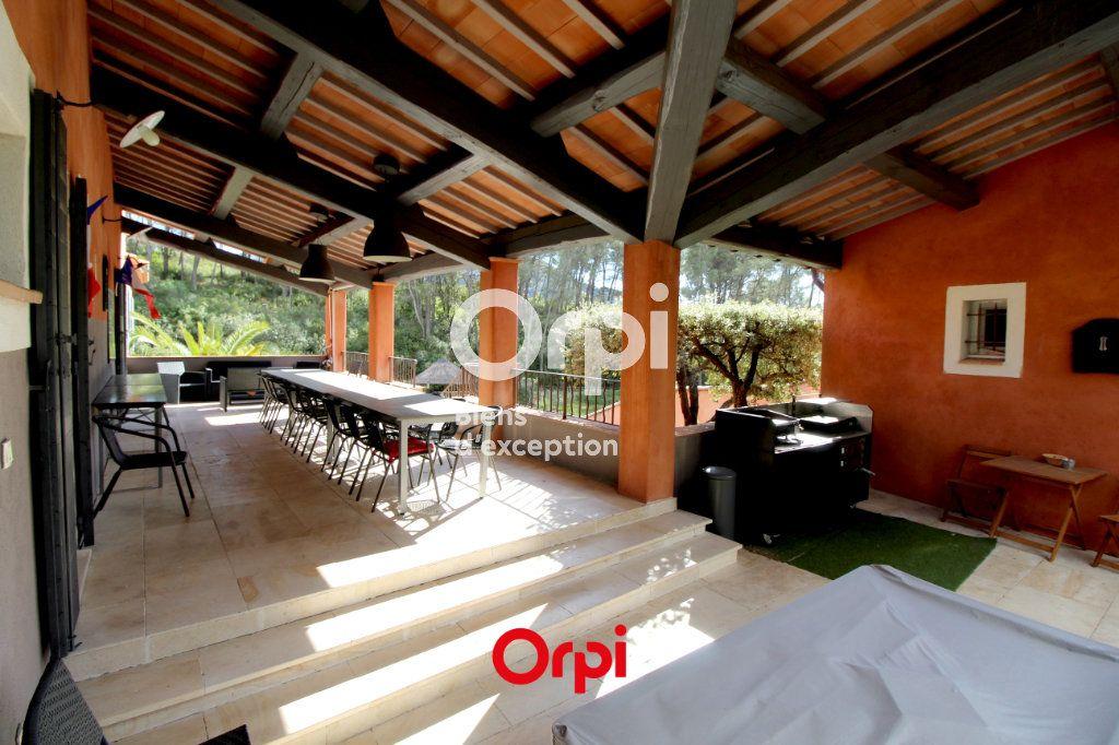 Maison à vendre 12 400m2 à Le Castellet vignette-15