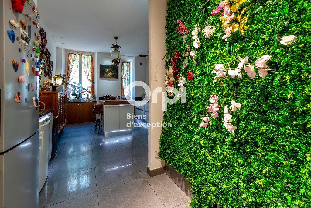 Appartement à vendre 7 233m2 à Nice vignette-7