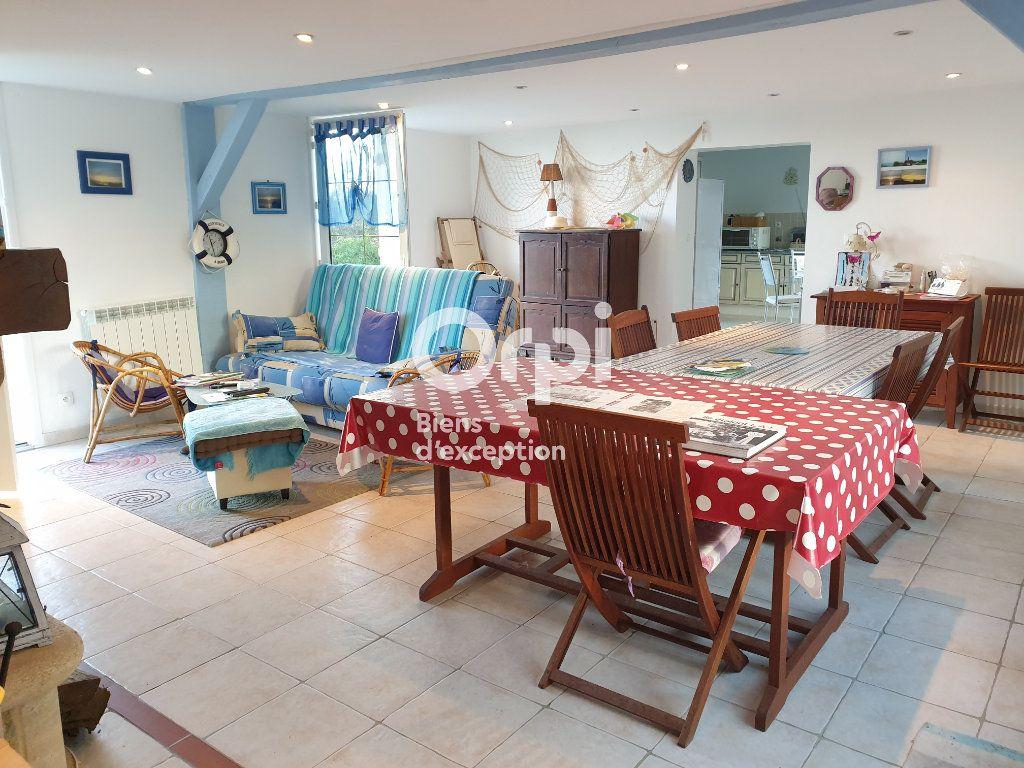 Maison à vendre 6 135m2 à Gonneville-sur-Mer vignette-6