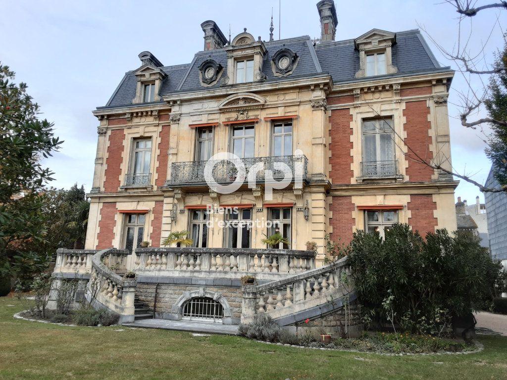 Maison à vendre 12 550m2 à Tarbes vignette-1
