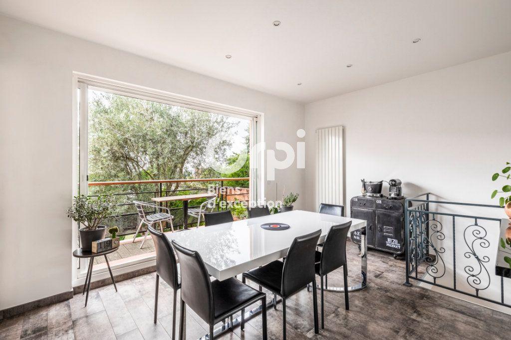 Maison à vendre 6 150m2 à Suresnes vignette-4