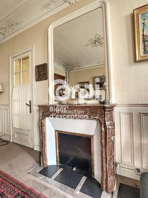 Maison à vendre 7 180m2 à Paris 5 vignette-6