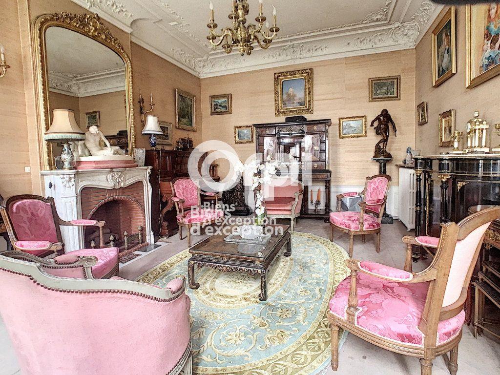 Maison à vendre 7 180m2 à Paris 5 vignette-8