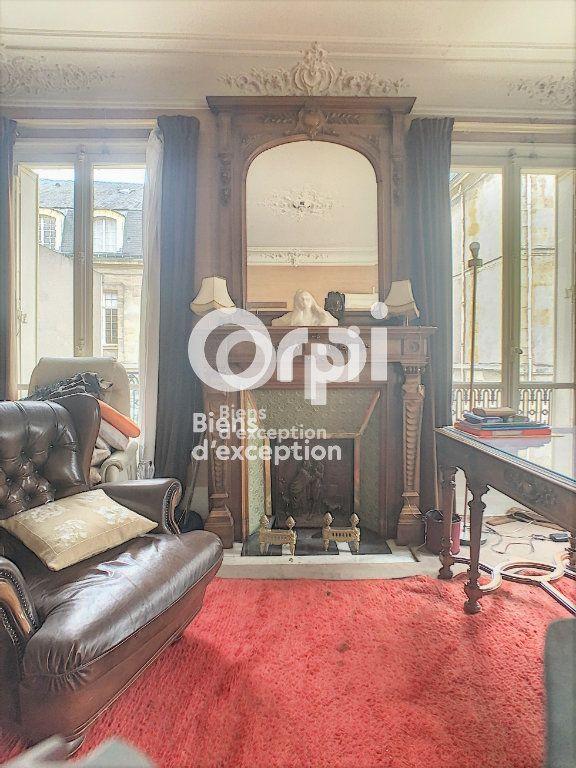 Maison à vendre 7 180m2 à Paris 5 vignette-9