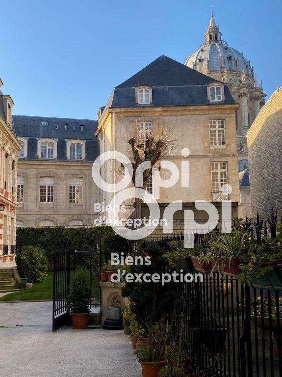 Maison à vendre 7 180m2 à Paris 5 vignette-11